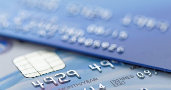keep out of credit card debt